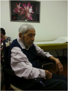 Papá esperando al doctor, Mayo 2013