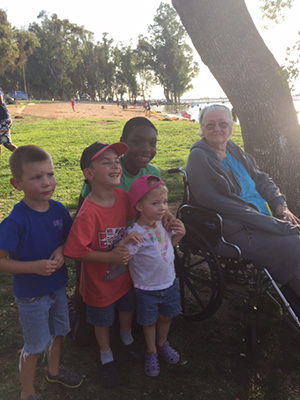 Bonnie who is living with Alzheimer's spends time with her grandkids