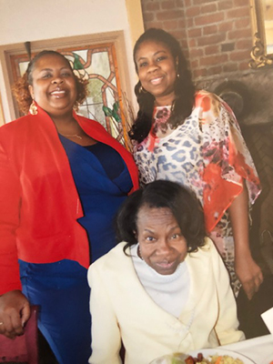 group photo of Tuseda Graggs, Stacey Johnson and their mom Willie Mae who died with Alzheimer's