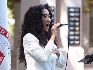 Masako sings for charity