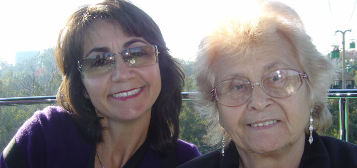 Pina and her mother Nina who was living with Alzheimer's